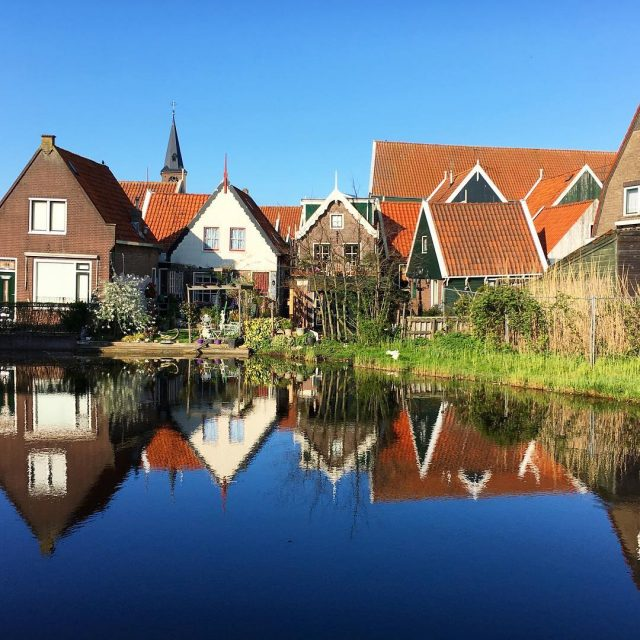 Picture perfect a back street in Volendam! I just finishedhellip